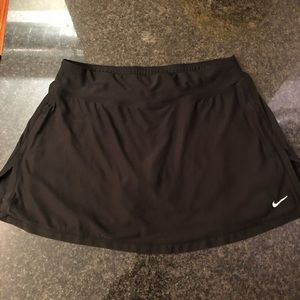 Black Nike tennis skirt size medium